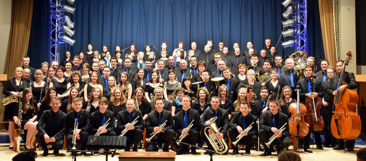 Der Musikverein Wollbach vor dem Jahreskonzert 2015