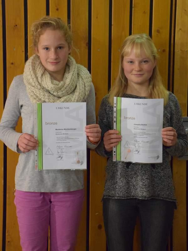 JMLA in Bronze 2015: Madleina Muchenberger und Josepha Brehm